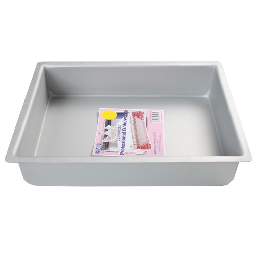 Deep Oblong Cake Pan 17.7x27.9cm
